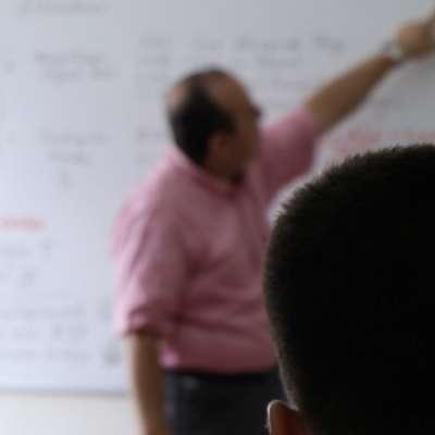 Universidad Alexander von Humboldt entregará 176 becas parciales a bachilleres quindianos