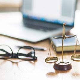Especialización en Derecho Contractual